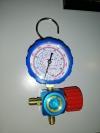 Манонометрический коллектор с манометром и смотровым окошком